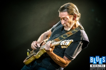 ON THIS DAY - CHRIS REA (VIDEO)