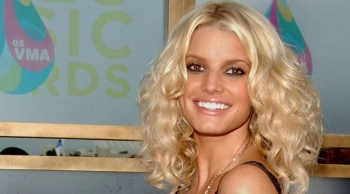 ON THIS DAY - JESSICA SIMPSON (VIDEO)