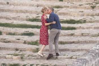 "Daniel Craig dhe Lea Seydoux puthen ne shesh xhirimet e ""James Bond : No Time To Die"""