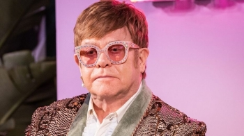 ON THIS DAY - ELTON JOHN (VIDEO)