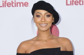 ON THIS DAY - KERI HILSON (VIDEO)