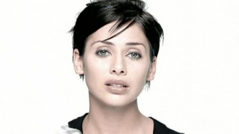 ON THIS DAY - NATALIE IMBRUGLIA (VIDEO)
